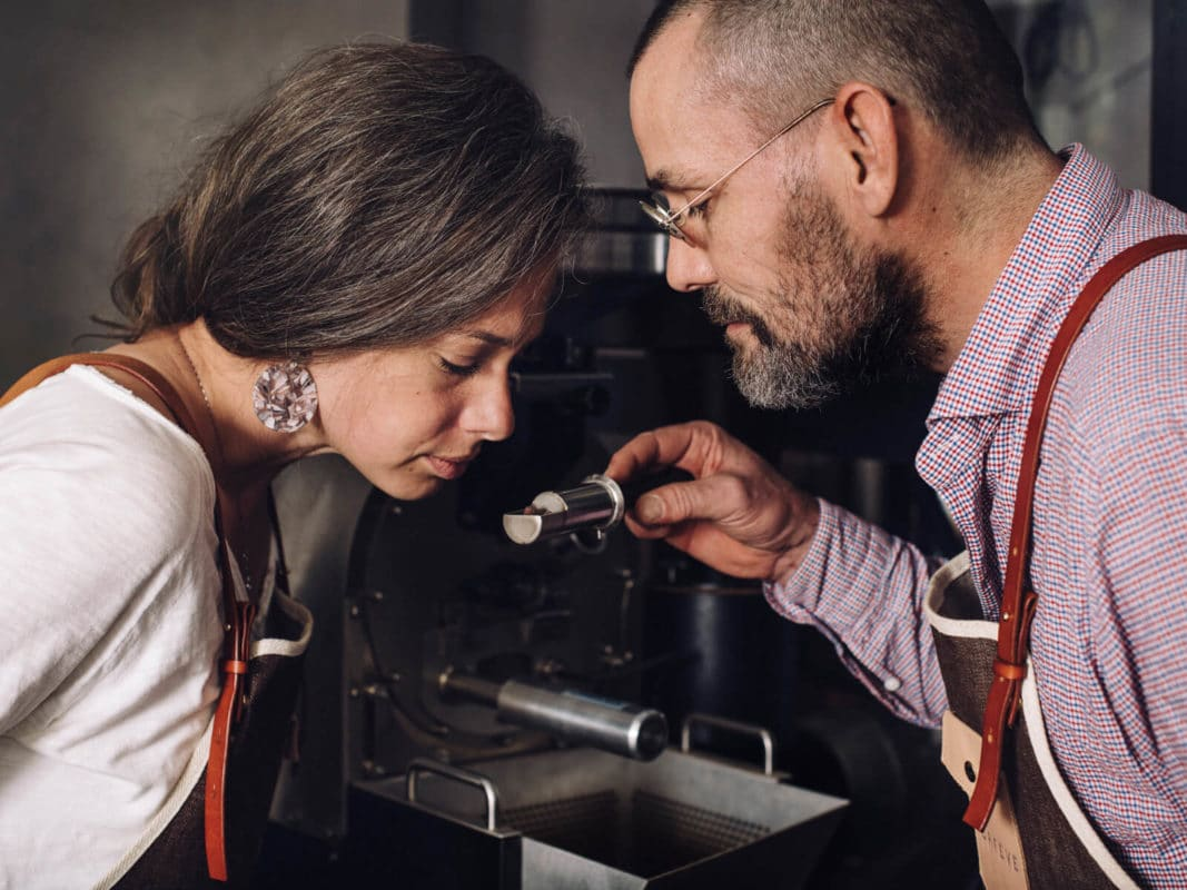 ORFEVE-Manufacture-Suisse-de-Cacao-et-Chocolat-Bean-to-Bar-Caroline-Buechler-Francois-Xavier-Mousin----photo-Guillaume-Megevand